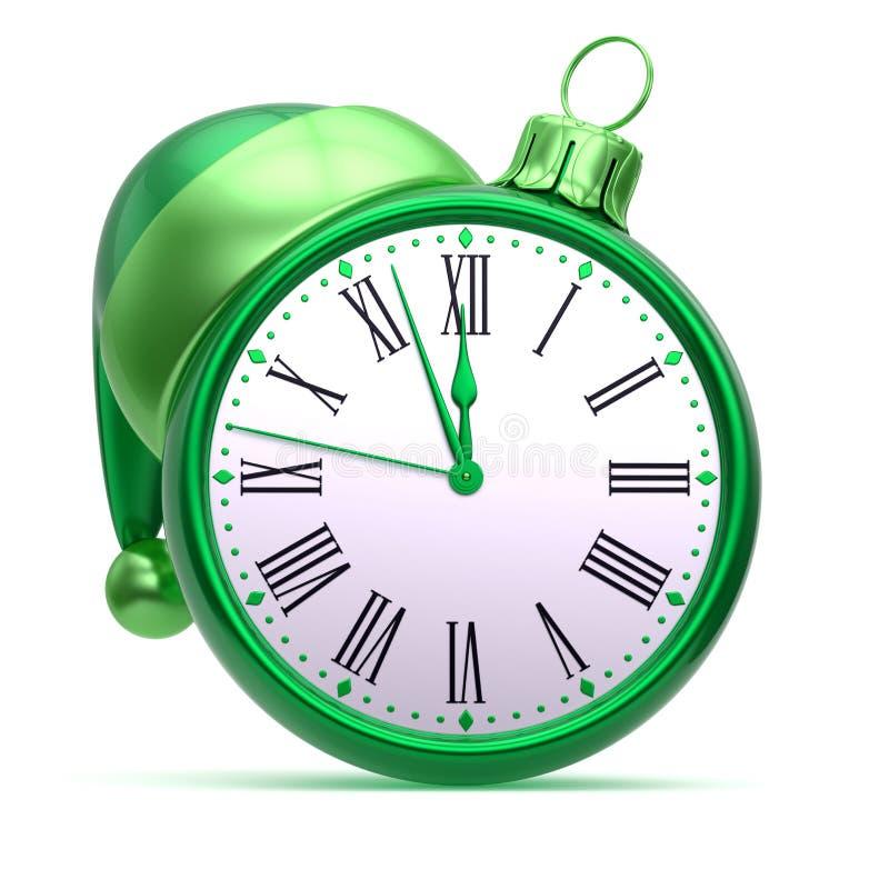 Πράσινο ασήμι σφαιρών Χριστουγέννων προσώπου ρολογιών μεσάνυχτων νέο έτος 12 η ώρα ελεύθερη απεικόνιση δικαιώματος