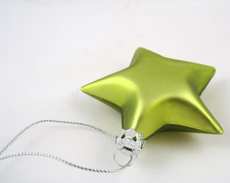 Download πράσινο αστέρι στοκ εικόνα. εικόνα από αστέρι, διακοσμήσεις - 382477