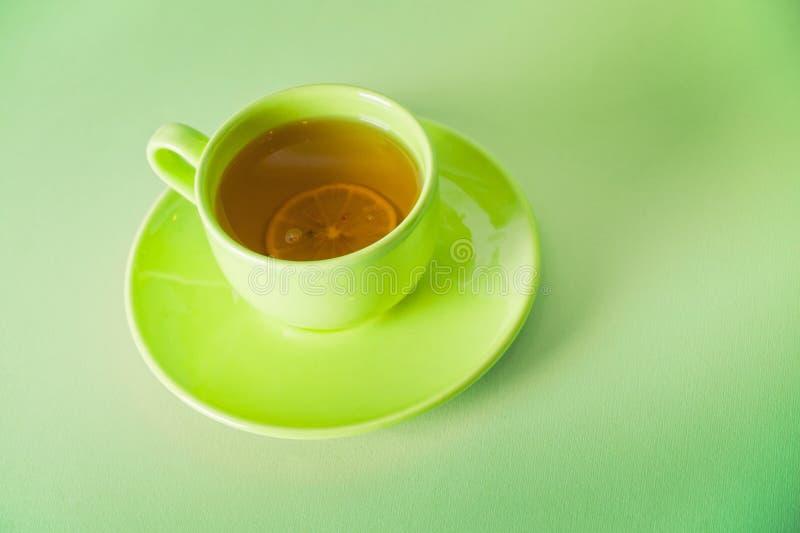 Download πράσινο τσάι φλυτζανιών στοκ εικόνα. εικόνα από lunch - 17057139
