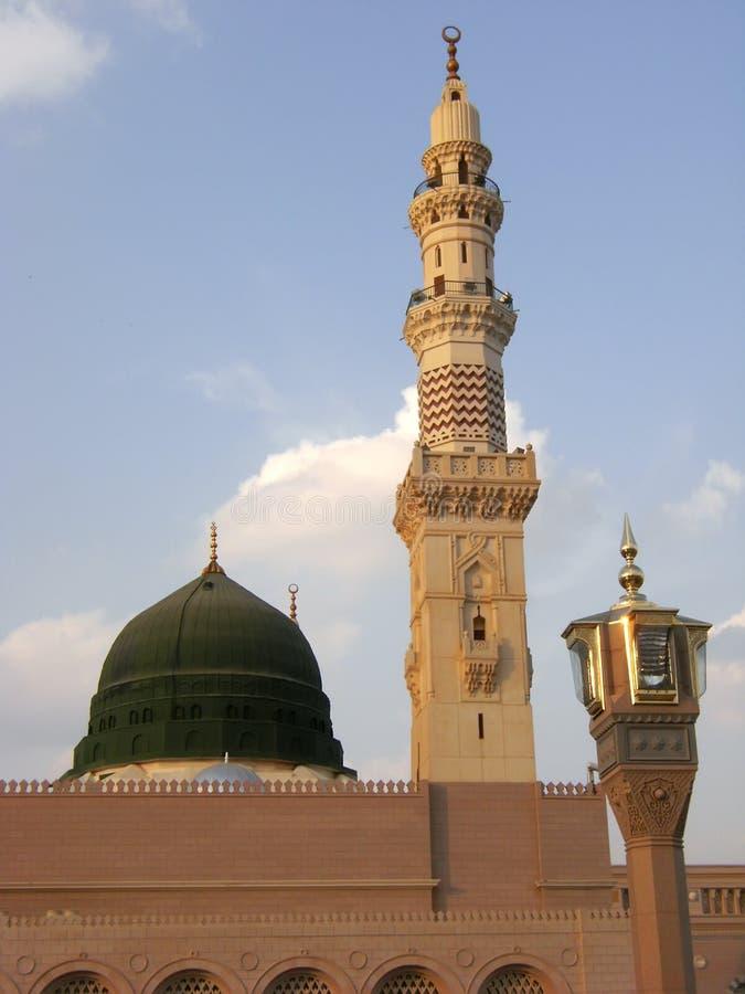πράσινο nabawi μουσουλμανικών τεμενών θόλων στοκ εικόνες