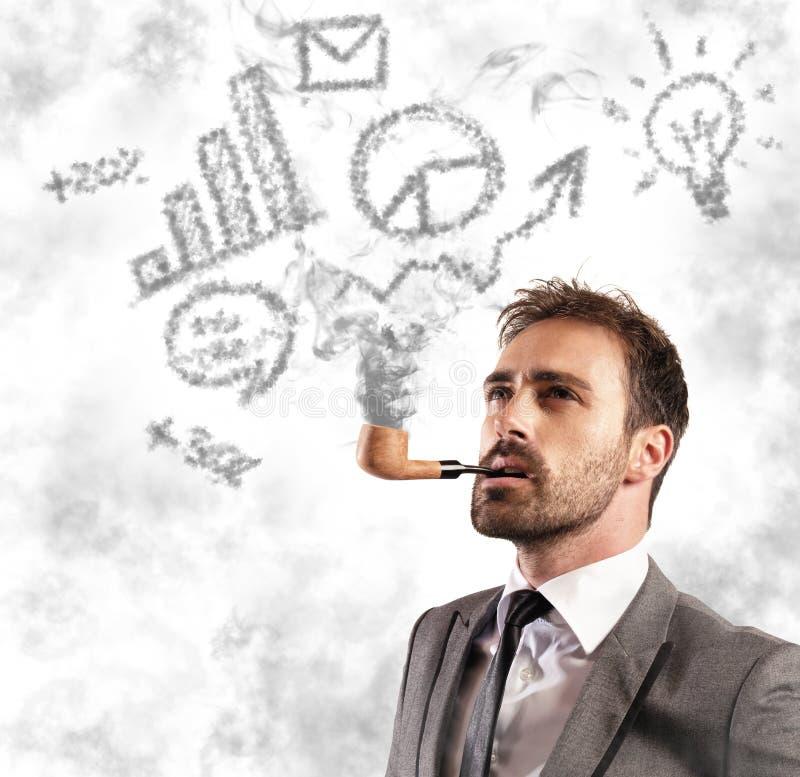 πράσο επιχειρησιακών επιχειρηματιών 'brainstorming' ανασκόπησης που φαίνεται συλλογισμός ψηλός σκεπτόμενος επάνω το λευκό απεικόν στοκ φωτογραφία