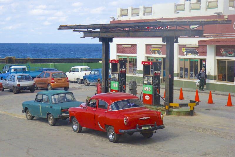 Πρατήριο καυσίμων στην Αβάνα, Κούβα στοκ εικόνες