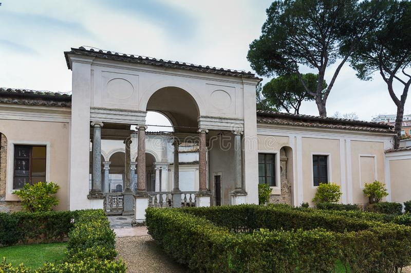 Προαύλιο της βίλας Giulia, το εθνικό μουσείο Etruscan στο Ρ στοκ εικόνες