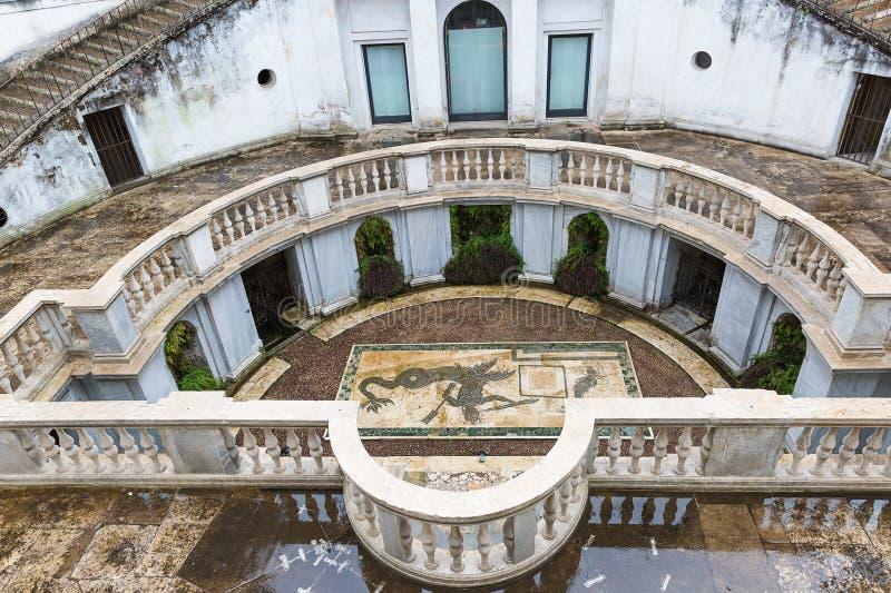 Προαύλιο της βίλας Giulia, το εθνικό μουσείο Etruscan στο Ρ στοκ φωτογραφία με δικαίωμα ελεύθερης χρήσης