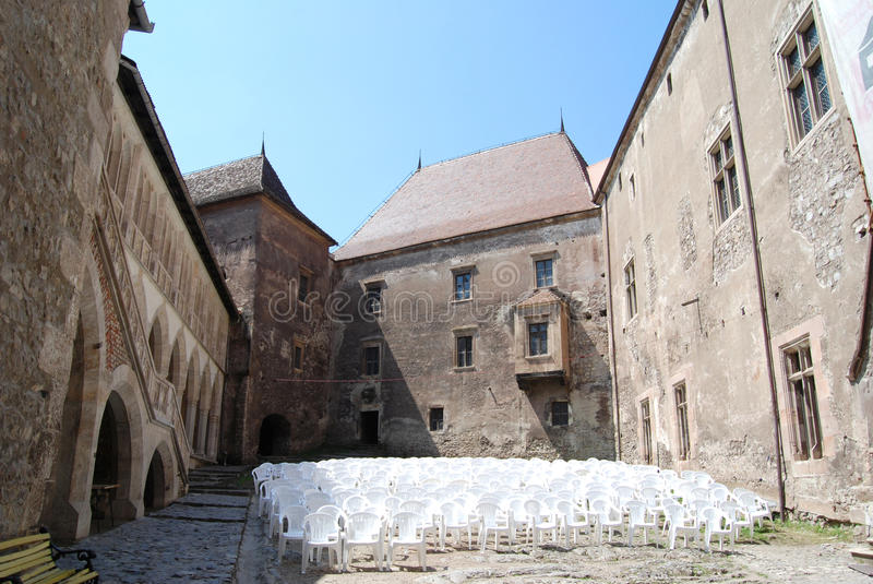 προαύλιο μεσαιωνικό στοκ φωτογραφία με δικαίωμα ελεύθερης χρήσης