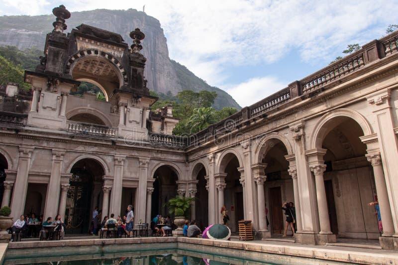 Προαύλιο του μεγάρου Parque Lage στο Ρίο ντε Τζανέιρο, Βραζιλία στοκ φωτογραφίες
