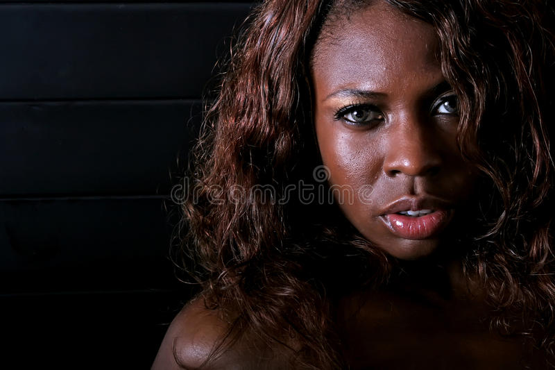 προκλητική γυναίκα αφρο&al στοκ φωτογραφία