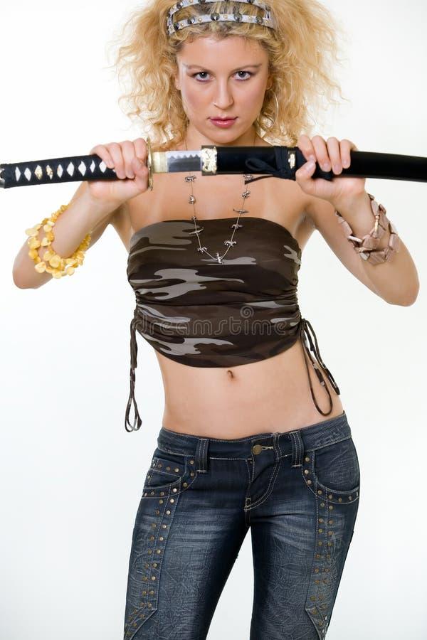 προκλητική γυναίκα ξιφών στοκ εικόνες με δικαίωμα ελεύθερης χρήσης