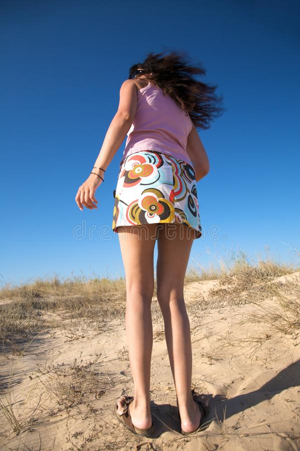 Προκλητική γυναίκα ποδιών στοκ φωτογραφία με δικαίωμα ελεύθερης χρήσης