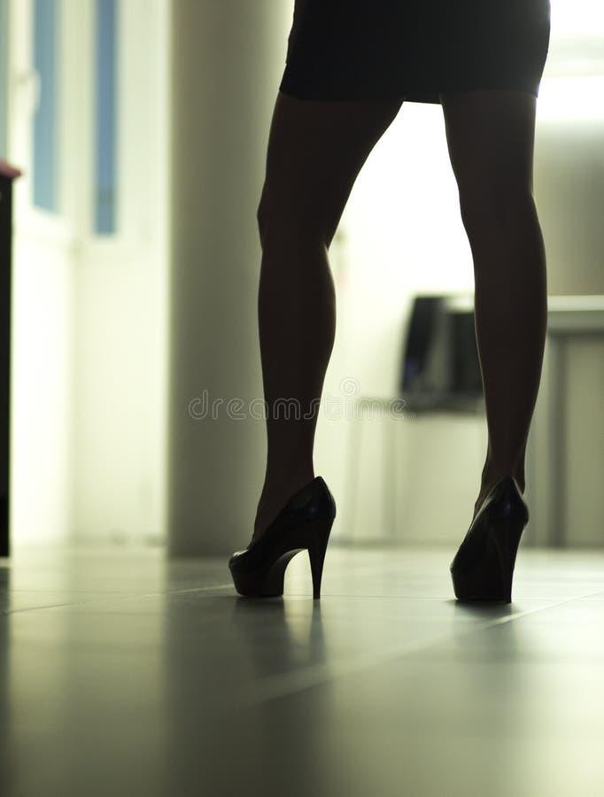 Προκλητική nude ερωτική νέα κυρία στοκ εικόνες