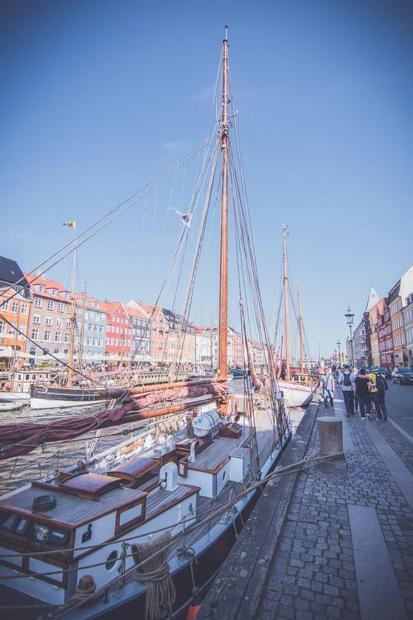 Προκυμαία Nyhavn, Κοπεγχάγη, Δανία στοκ φωτογραφία με δικαίωμα ελεύθερης χρήσης
