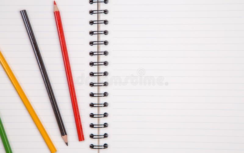 Προμήθειες έννοιας και γραφείων στο λευκό στοκ φωτογραφίες με δικαίωμα ελεύθερης χρήσης