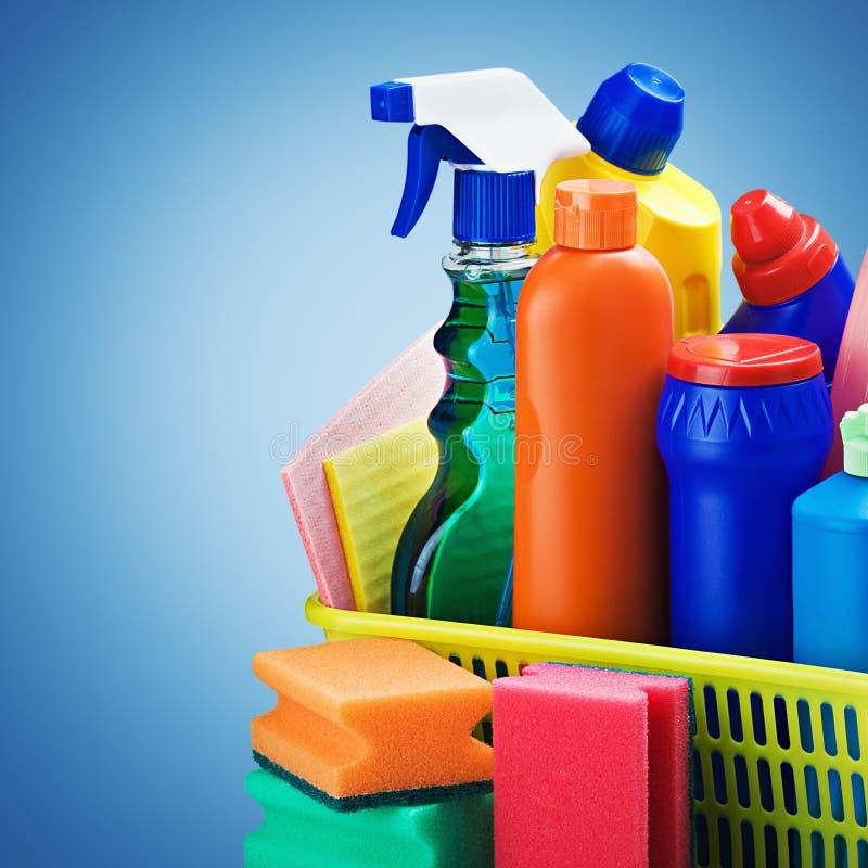 Προμήθειες καθαριστών και καθαρίζοντας εξοπλισμός στοκ εικόνα