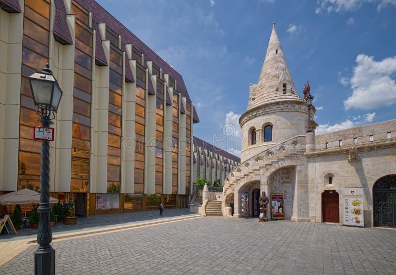 Προμαχώνας ψαράδων και ξενοδοχείο Hilton Βουδαπέστη, Ουγγαρία στοκ φωτογραφίες