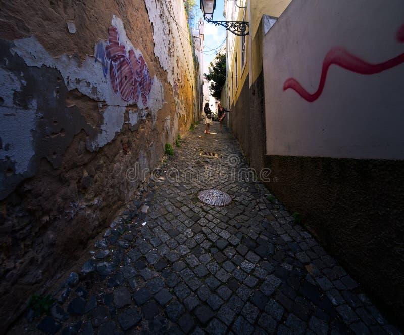 Προοπτικές και πύλες της παλαιάς Λισσαβώνας Πορτογαλία στοκ φωτογραφία με δικαίωμα ελεύθερης χρήσης