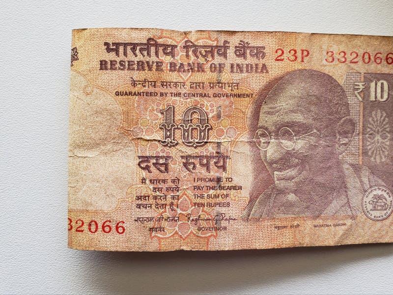 προσέγγιση στο ινδικό τραπεζογραμμάτιο δέκα ρουπίων στοκ φωτογραφία