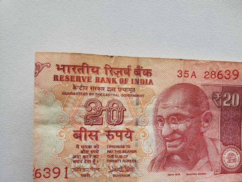 προσέγγιση στο ινδικό τραπεζογραμμάτιο είκοσι ρουπίων στοκ φωτογραφίες