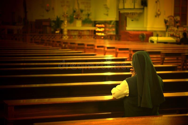 προσευμένος αδελφή στοκ εικόνες