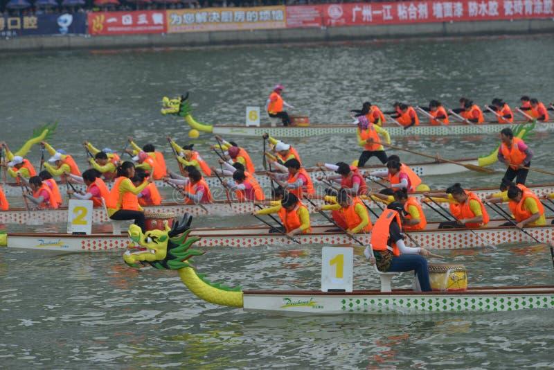 Προσκλητήρια πρωταθλήματα βαρκών δράκων Guangzhou διεθνή στοκ εικόνα