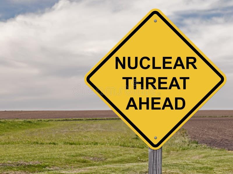 Προσοχή - πυρηνική απειλή μπροστά στοκ εικόνες