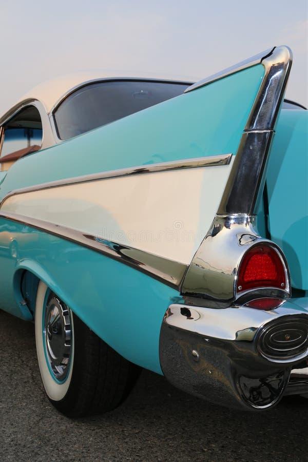 Προσωπικοτήτων κλασικοί αυτοκινήτων γύροι αυτοκινήτων επιδείξεων εκλεκτής ποιότητας στοκ φωτογραφία με δικαίωμα ελεύθερης χρήσης