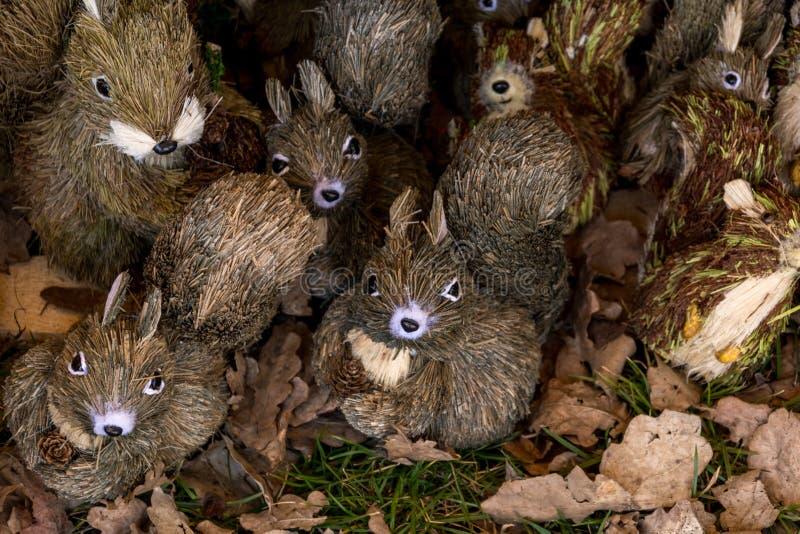 Προϊόντα αχύρου, κόσμημα υπό μορφή διάφορων ζώων στοκ φωτογραφία με δικαίωμα ελεύθερης χρήσης