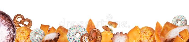 Προϊόντα ψωμιού και αρτοποιίας που απομονώνονται στο λευκό Πανοραμικό κολάζ στοκ εικόνα με δικαίωμα ελεύθερης χρήσης