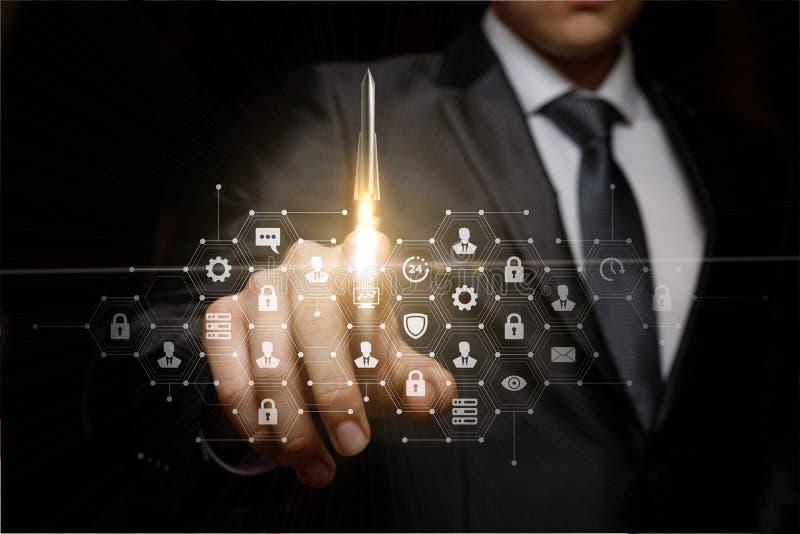 Προώθηση και ανάπτυξη των τεχνολογιών στην επιχείρηση στοκ εικόνες