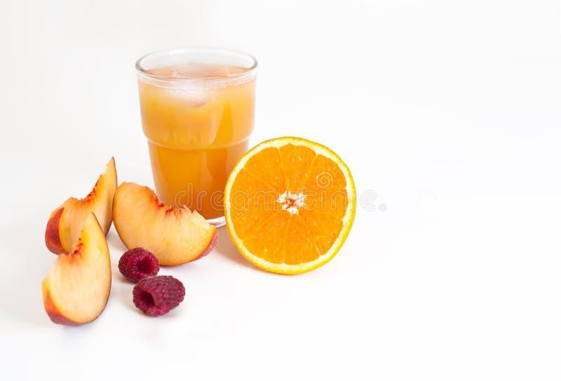 Πρωί πορτοκάλι ανατολής †«, ροδάκινο και χυμός σμέουρων στοκ εικόνες
