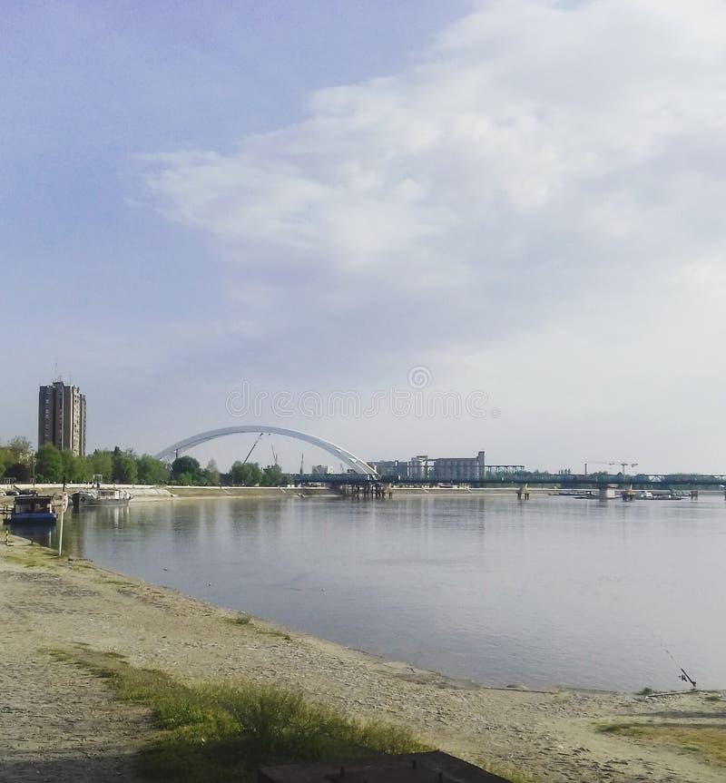 Πρωί στον μπλε ποταμό στοκ εικόνα