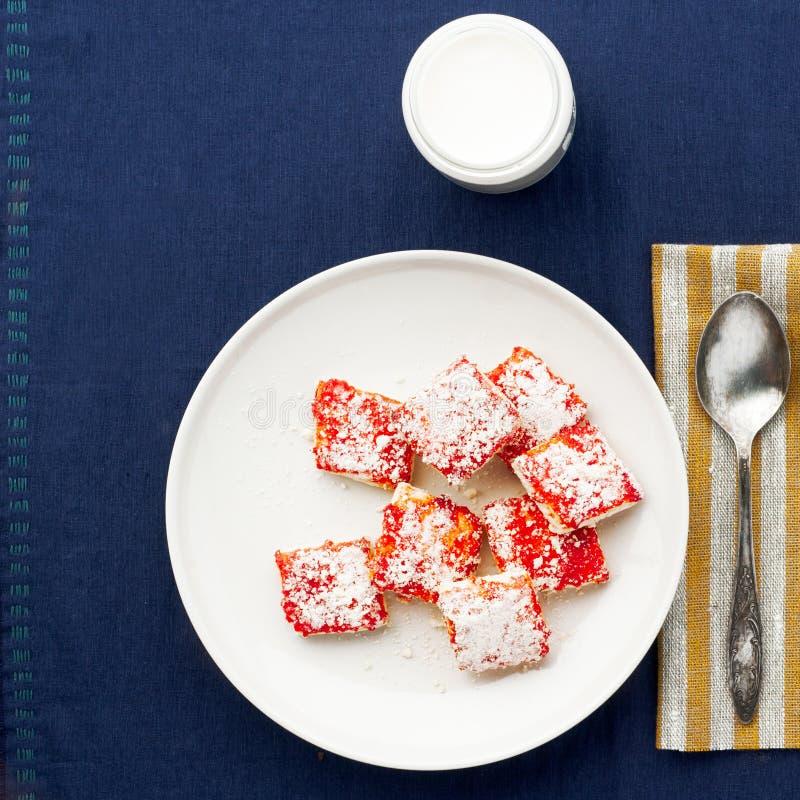 Πρόγευμα με τα μπισκότα στοκ φωτογραφίες με δικαίωμα ελεύθερης χρήσης