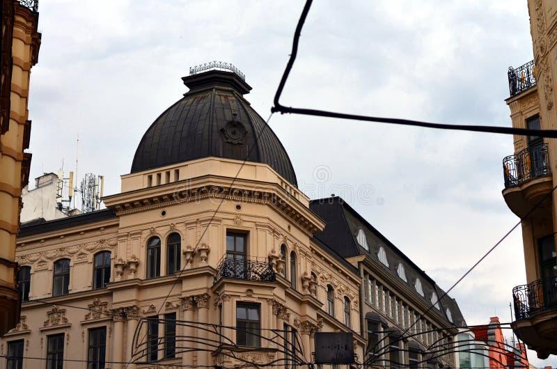 Πρόσοψη ενός παλαιού κτηρίου στο Μπρνο, Τσεχία στοκ εικόνες