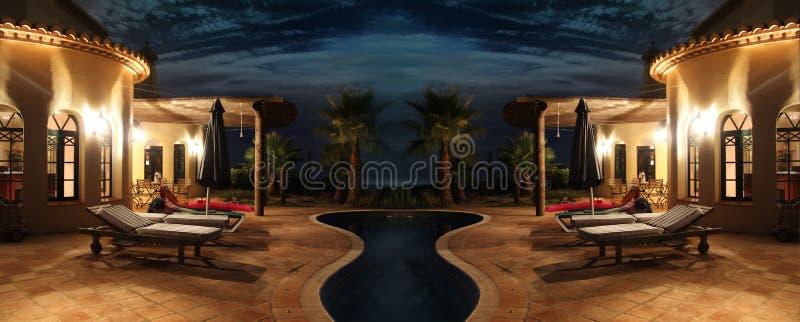 Πρόσοψη με τα φω'τα και τη λίμνη στοκ φωτογραφίες