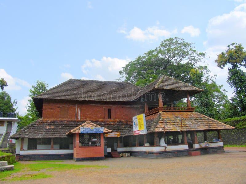 Πρόσοψη ναών Rajarajeshwari, Kannur, Κεράλα, Ινδία στοκ φωτογραφίες