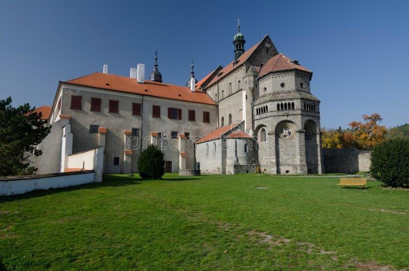 Πρόσοψη της βασιλικής του ST Προκόπιος στο κάστρο Trebic, Δημοκρατία της Τσεχίας στοκ φωτογραφία