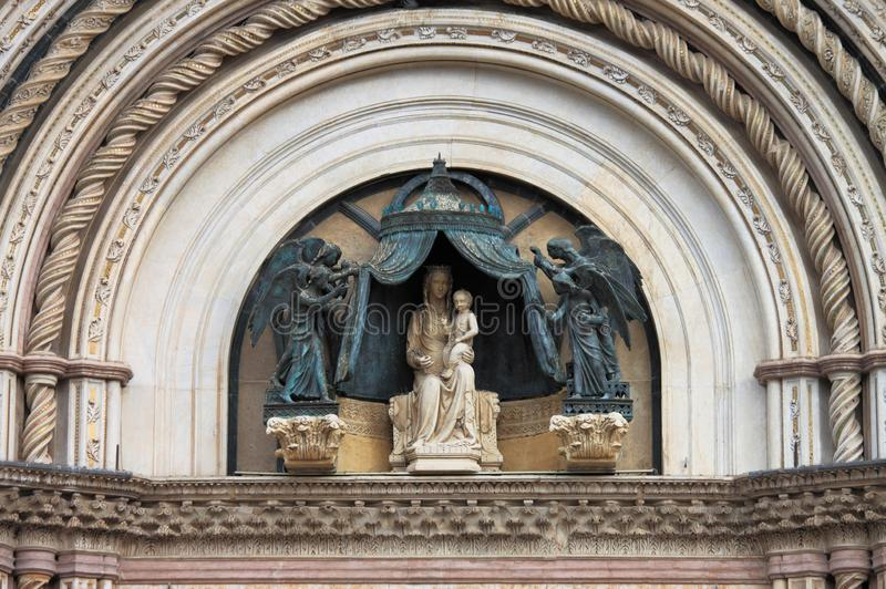 Πρόσοψη του καθεδρικού ναού Orvieto στοκ εικόνες με δικαίωμα ελεύθερης χρήσης
