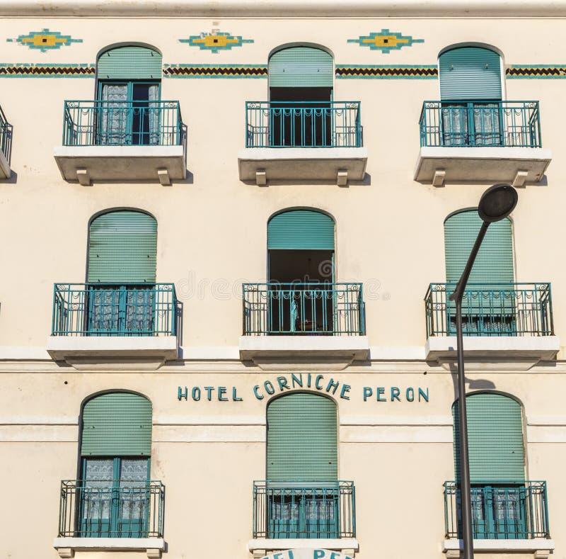 Πρόσοψη του παλαιού ξενοδοχείου Peron στη Μασσαλία, στοκ φωτογραφία με δικαίωμα ελεύθερης χρήσης