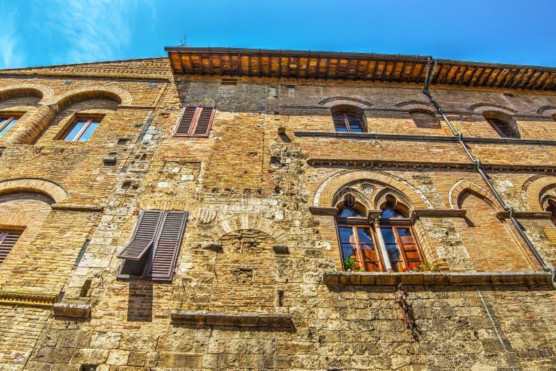 Πρόσοψη τούβλου στο SAN Gimignano στοκ φωτογραφίες με δικαίωμα ελεύθερης χρήσης