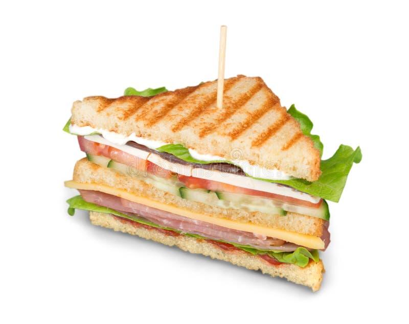 Πρόσφατα γίνοντας clubsandwiches εξυπηρετημένος σε έναν ξύλινο στοκ εικόνα με δικαίωμα ελεύθερης χρήσης