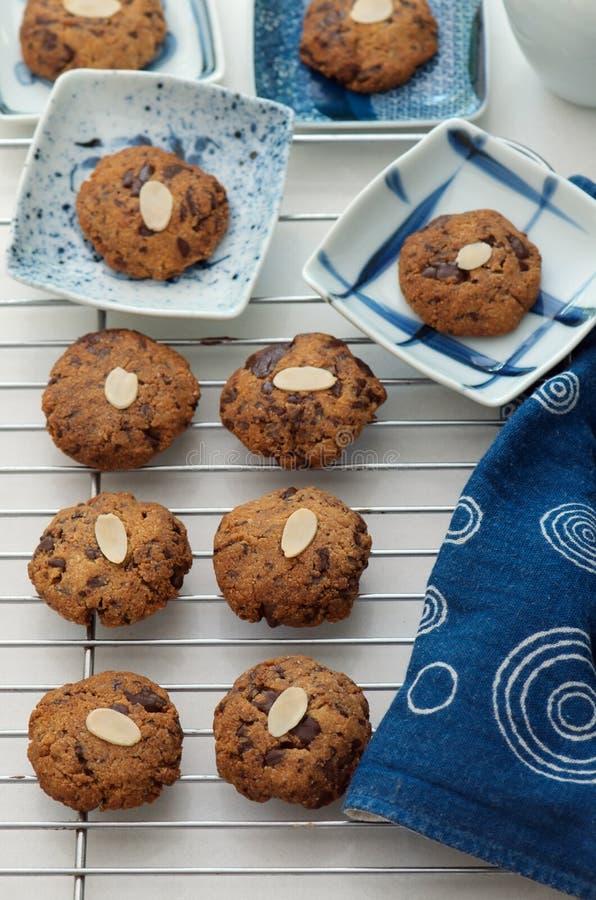 Πρόσφατα ψημένα μπισκότα στοκ φωτογραφία με δικαίωμα ελεύθερης χρήσης