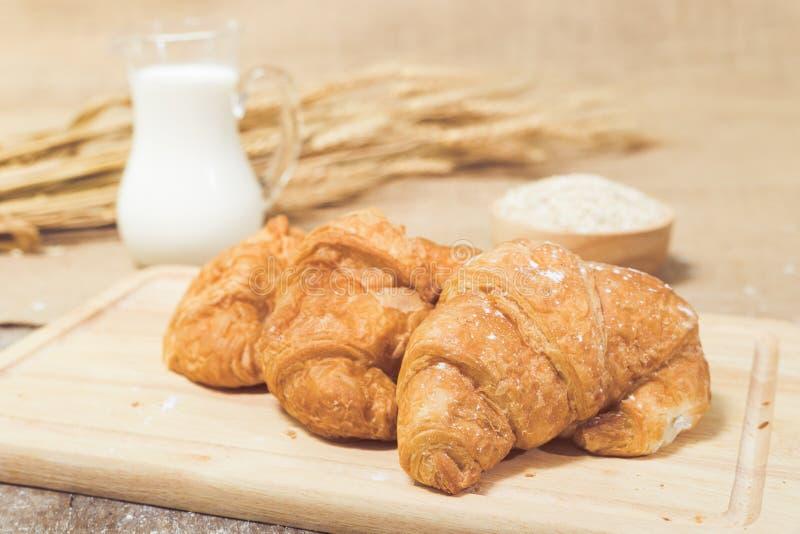 Πρόσφατα ψημένος croissants στοκ φωτογραφίες με δικαίωμα ελεύθερης χρήσης
