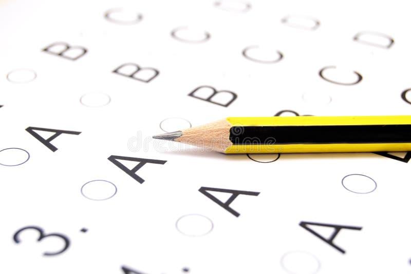 Πρόσωπο που δίνει εξετάσεις στοκ φωτογραφίες
