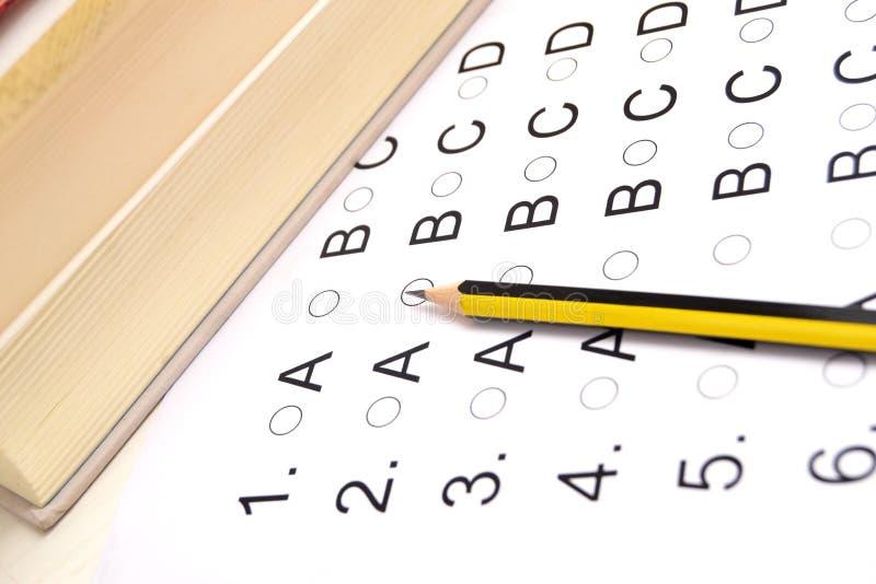 Πρόσωπο που δίνει εξετάσεις στοκ φωτογραφία με δικαίωμα ελεύθερης χρήσης