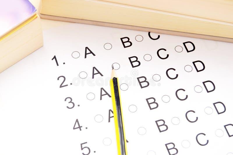 Πρόσωπο που δίνει εξετάσεις στοκ εικόνες με δικαίωμα ελεύθερης χρήσης