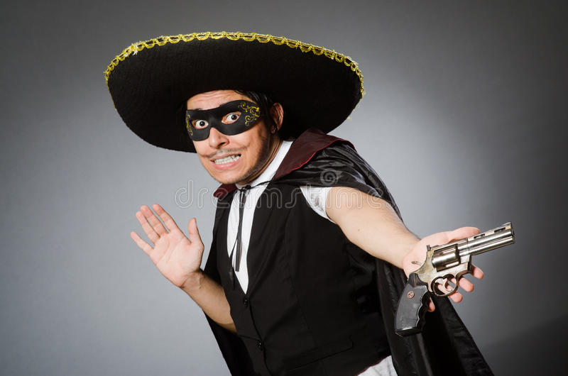 Download Πρόσωπο που φορά το καπέλο σομπρέρο στην αστεία έννοια Στοκ Εικόνες - εικόνα από κάουμποϋ, mustache: 62708416
