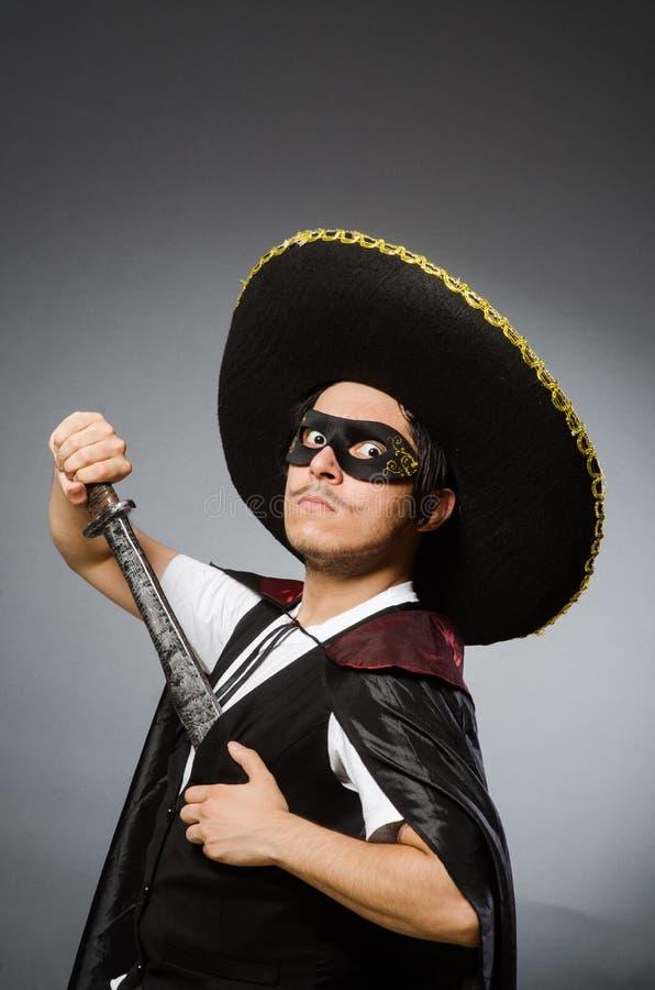 Download Πρόσωπο που φορά το καπέλο σομπρέρο στην αστεία έννοια Στοκ Εικόνα - εικόνα από ενδύματα, λεπίδων: 62708561