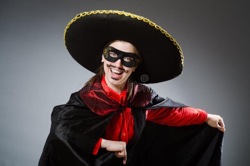 Download Πρόσωπο που φορά το καπέλο σομπρέρο στην αστεία έννοια Στοκ Εικόνα - εικόνα από καπέλο, σομπρέρο: 62708827