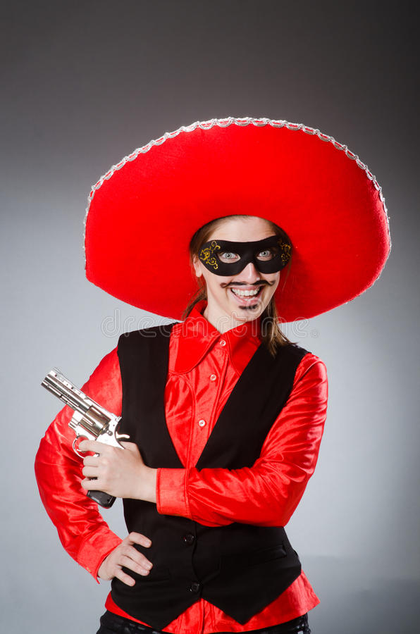 Download Πρόσωπο που φορά το καπέλο σομπρέρο στην αστεία έννοια Στοκ Εικόνα - εικόνα από φαλλοκράτης, έμπορος: 62708893