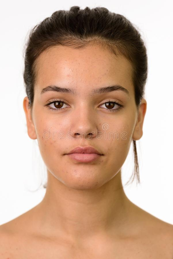 Πρόσωπο του νέου όμορφου καυκάσιου έφηβη στοκ φωτογραφίες με δικαίωμα ελεύθερης χρήσης