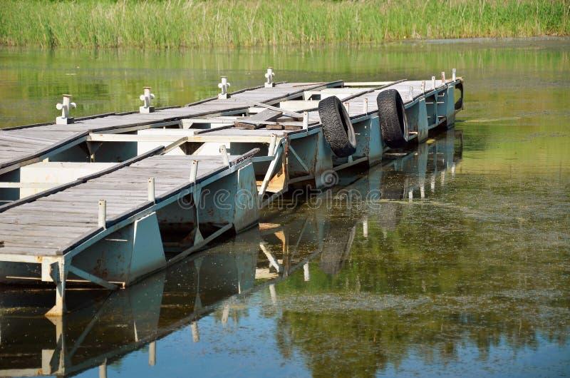 Πρόσδεση για τις βάρκες μηχανών στοκ εικόνα